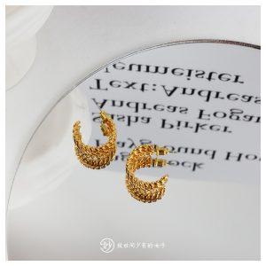 妙半圆形C形链条编织条螺纹复古时髦黄铜色耳钉耳环