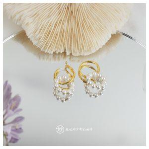 妙珍珠与金属双圈环绕造型耳环女耳扣简约设计ins复古系列